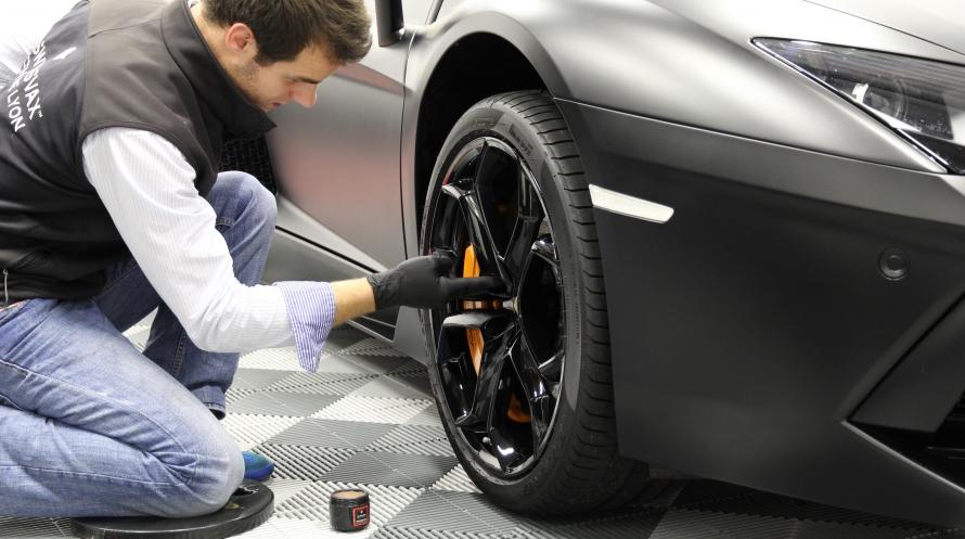 Lamborghini Aventador  Traitement De Protection Peinture Noire Mate